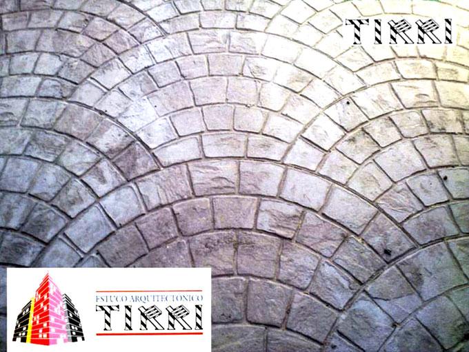 Ejemplo de suelo de hormigón impreso realizado por Estuco Arquitectónico Tirri en la provincia de Tarragona