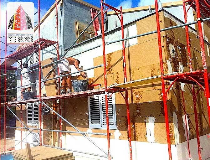 Aislamiento Térmico Exterior aplicado por Estuco Arquitectónico Tirri en Tarragona